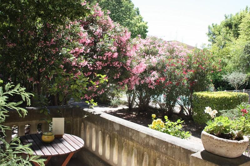 h 244 tel hotel le chalet fleuri 224 r 233 my de provence