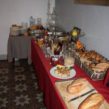 petit déjeuner buffet hotel saint remy de provence